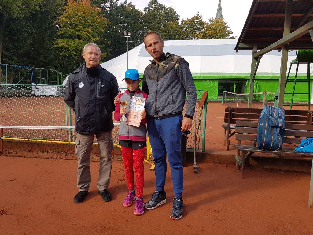 Ilustracja do informacji: Sukces Rzepinianki na Ogólnopolskim Turnieju Klasyfikacyjnym Skrzatek i Skrzatów w tenisie w Szczawnie Zdroju
