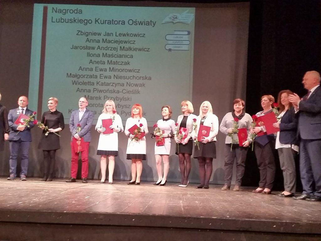 Ilustracja do informacji: Wioletta Nowak z nagrodą Lubuskiego Kuratora Oświaty
