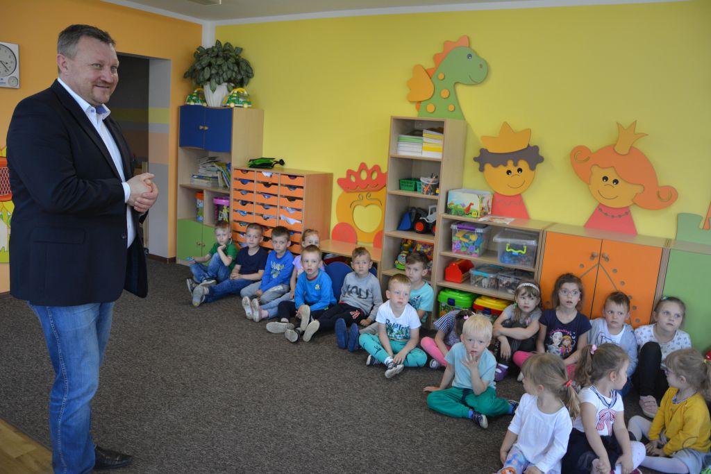 Ilustracja do informacji: Dzień Ziemi w rzepińskich przedszkolach.