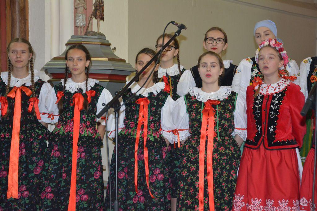 """Ilustracja do informacji: """"Mali Gorzowiacy"""" zaśpiewali w rzepińskim kościele!"""