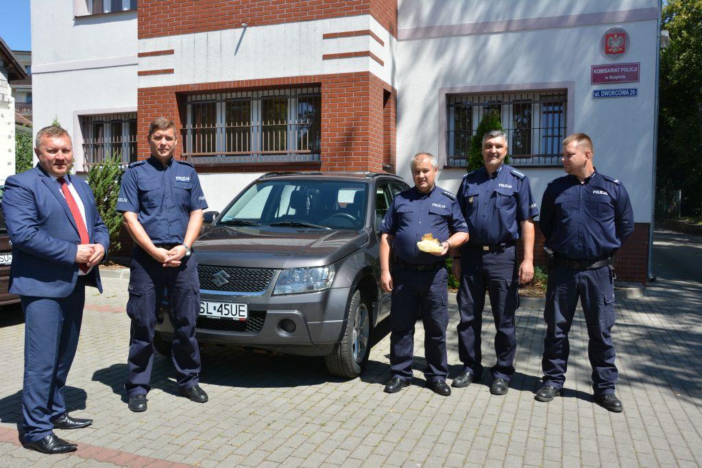 Ilustracja do informacji: Kolejny radiowóz dla rzepińskich policjantów!