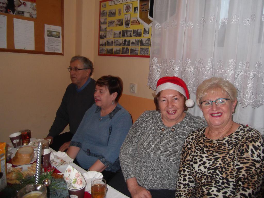 Ilustracja do informacji: Wyjątkowy gość u rzepińskich seniorów!